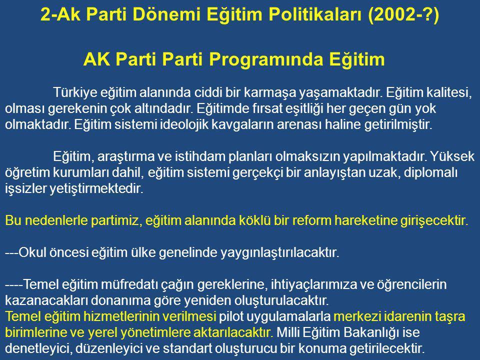 17 Ağustos ve 12 Kasım 1999 depremleri, başörtüsü, demokratikleşme, 28 Şubat Kararları, büyüyen iç ve dış borçlar, Avrupa Topluluğu ile bütünleşme, cezaevi isyanları ve enflasyonun yol açtığı sarsıntılar bu hükümetin uğraştığı sorunların başında yer almıştır.