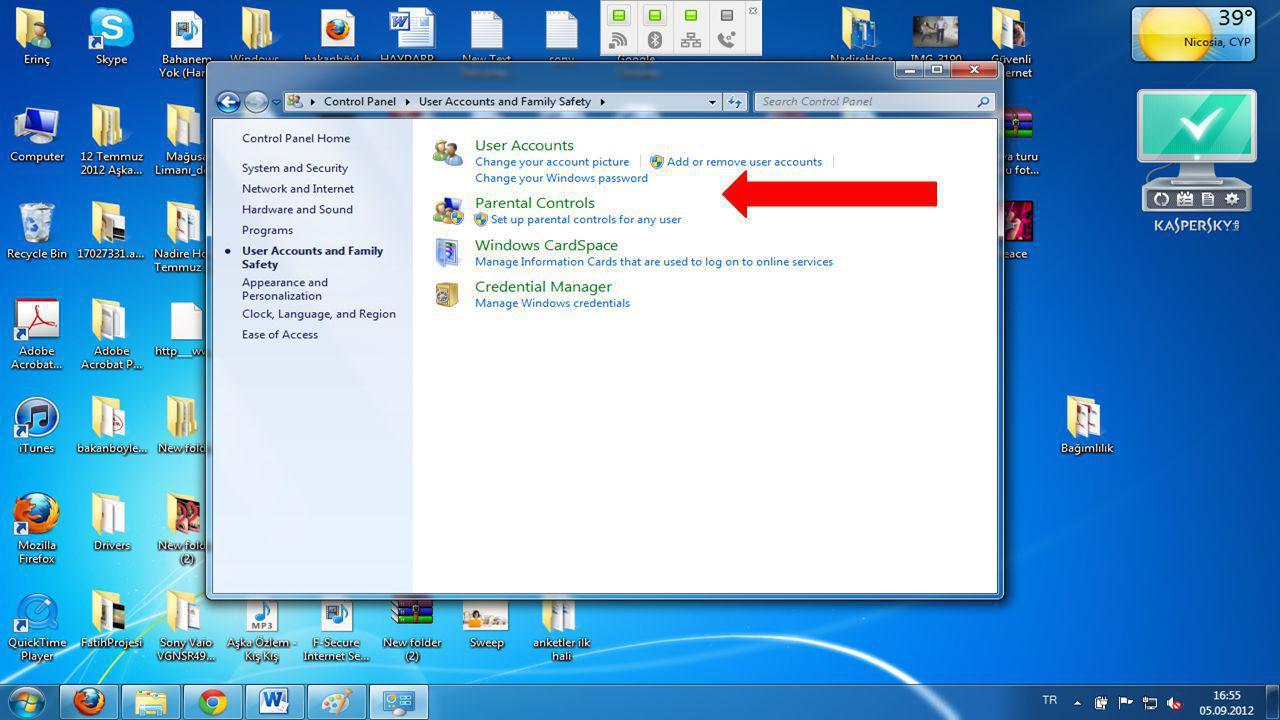 """Windows açılışına nasıl parola tanımlanır?  3.Açılan """"Kullanıcı Hesapları"""" penceresinde """"Windows şifresini değiştir"""" ile hesabınızın üzerine tıklayın"""
