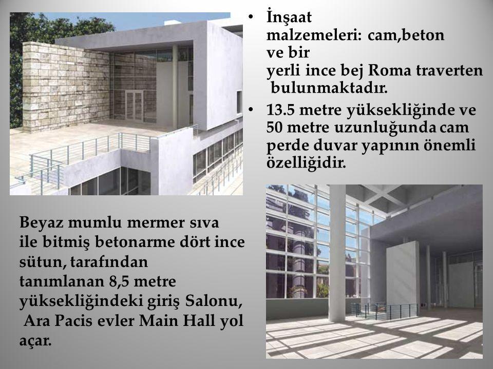 İnşaat malzemeleri: cam,beton ve bir yerli ince bej Roma traverten bulunmaktadır. 13.5 metre yüksekliğinde ve 50 metre uzunluğunda cam perde duvar yap