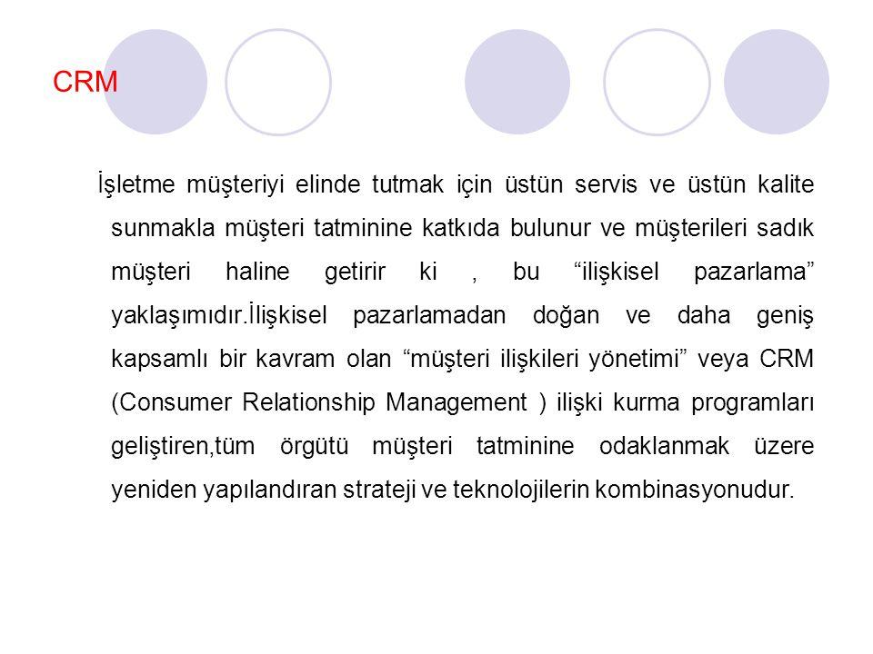 CRM İşletme müşteriyi elinde tutmak için üstün servis ve üstün kalite sunmakla müşteri tatminine katkıda bulunur ve müşterileri sadık müşteri haline g