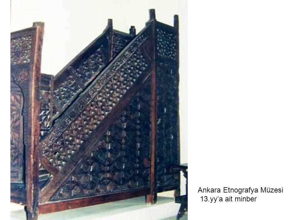 Ankara Etnografya Müzesi 13.yy'a ait minber