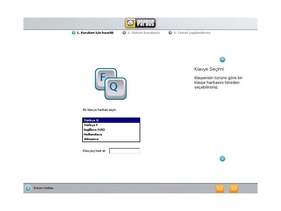 Kolay kullanımlı masaüstü Pardus 1.1 ile gelen KDE 3.5.5, yeni renk teması, menü tasarımı, KDE arayüzünde 65 ten fazla dile verilen destek, çoklu ortam uygulamalarına hızlı erişim, internete kolay bağlantı gibi özellikler içermekte ve bir bilgisayar okur yazarının tüm ihtiyaçlarını karşılamaktadır.