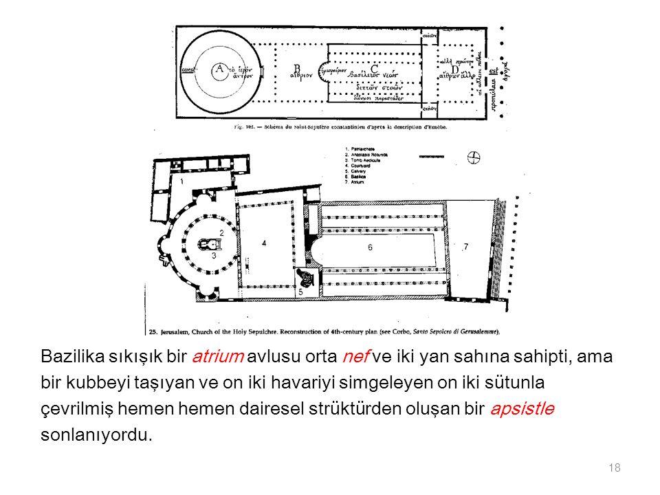 Bazilika sıkışık bir atrium avlusu orta nef ve iki yan sahına sahipti, ama bir kubbeyi taşıyan ve on iki havariyi simgeleyen on iki sütunla çevrilmiş