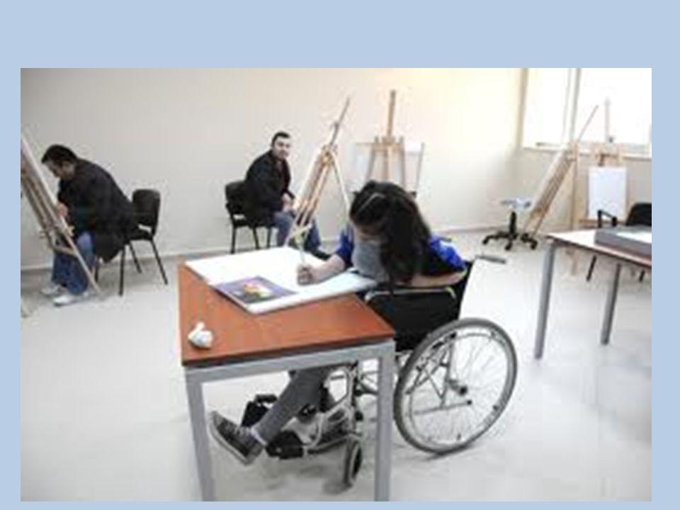 Pozitif Ayrımcılık Engellilerle ilgili pozitif ayrımcılık düzenlemelerine en çok iş ve vergi kanunlarında rastlanmaktadır.