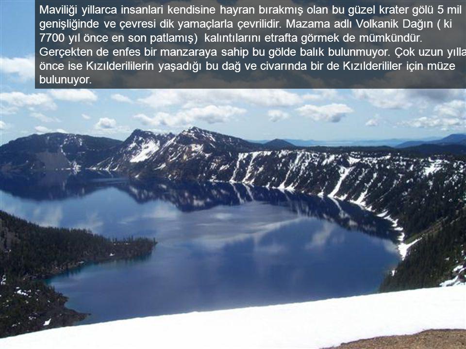 Milli park yolu… 1,943 feet derinliği ile Crater Gölü A.B.D.