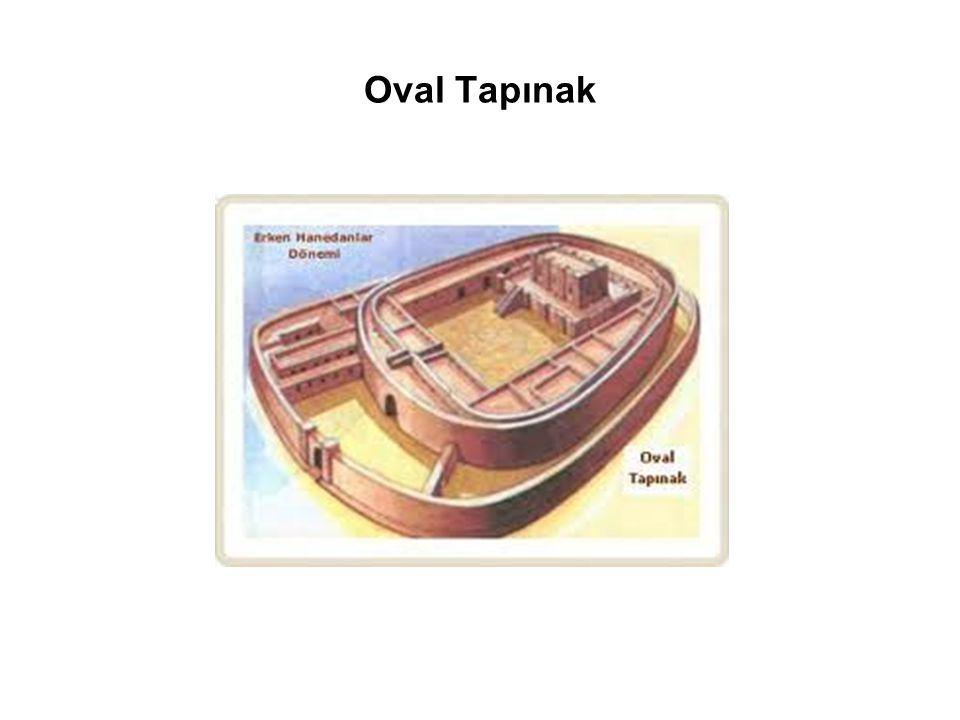 Oval Tapınak