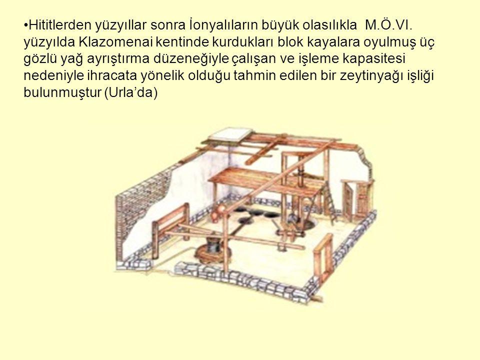 Hititlerden yüzyıllar sonra İonyalıların büyük olasılıkla M.Ö.VI. yüzyılda Klazomenai kentinde kurdukları blok kayalara oyulmuş üç gözlü yağ ayrıştırm
