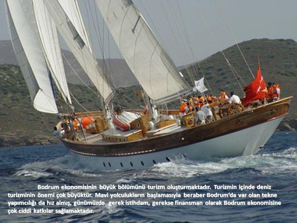 BODRUM'DA TEKNE YAPIMININ TARİHSEL SÜREÇ İÇİNDE GELİŞİMİ Akdeniz ve Ege, Mısır'lılardan bugüne kadar tekne yapımcılığı konusunda önemli bölgeler olarak tarihe kaydolmuştur.