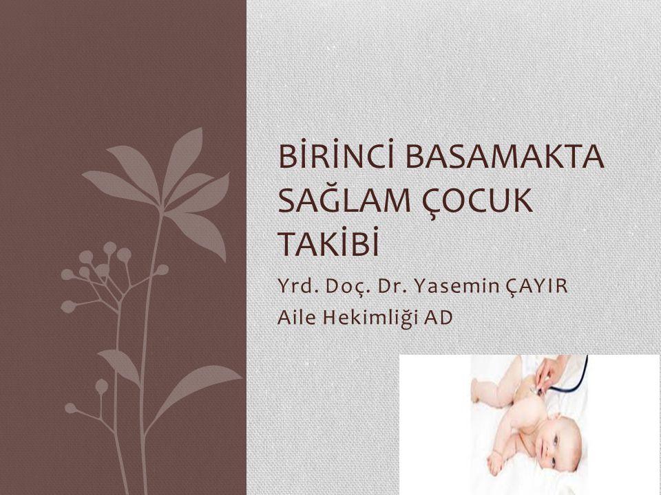YENİDOĞAN Aşağıdaki konularda anneye danışmanlık verin; Emzirme Gaz çıkarma tekniği, kundaklamanın zararları Emzik ve biberon kullanmama, el yıkama Bebek ile sağlıklı iletişim Göbek bakımı Önemli hastalık bulguları (ateş, iyi emmeme, kusma, ishal, sarılık, uykuya meyil, vs) Bebek hijyeni Bebek banyosu Kazalardan korunma (İlk aylarda bebeğin yatağının çok yumuşak olmaması, yüzüstü yatırılmaması, bebeğin küçük çocuklarla yalnız bırakılmaması konusunda ebeveynleri uyarın) Aile planlaması
