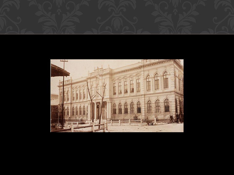 Büyük Postane, Sirkeci PTT Merkezi İstanbul un Fatih ilçesindeki Sirkeci semtinde yer alan Türkiye nin en büyük postane binasıdır.