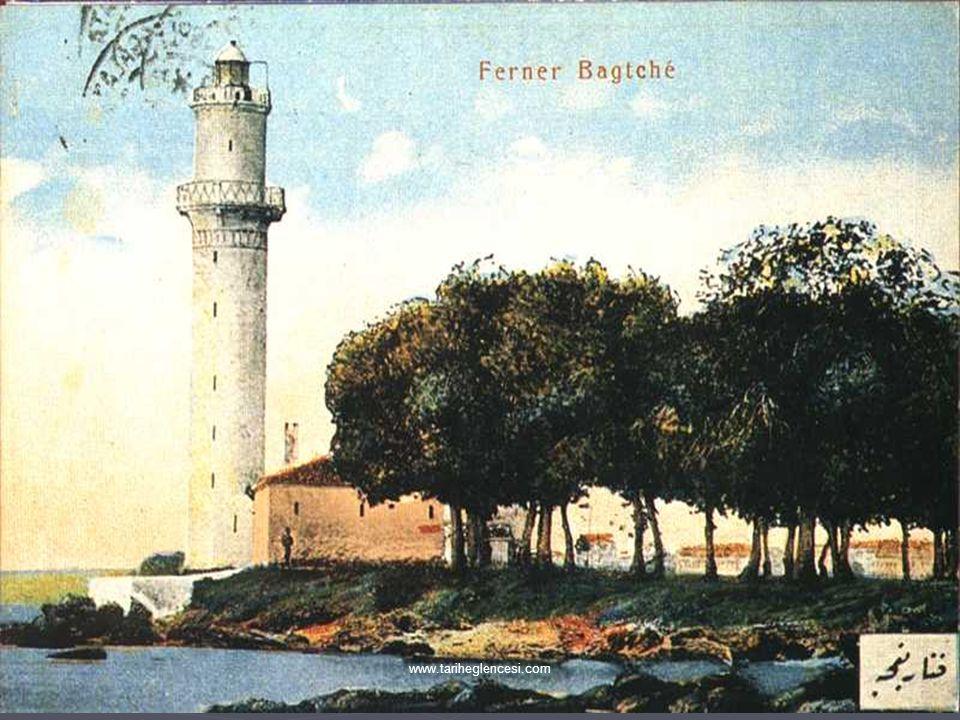 ► Halk sınıfları arasında yaşantı açısından farklılaşmalar başlamıştır. Zenginler Boğaz içinde ayrı mekanlara yerleşmişlerdir. ► 1895'de İstanbul'da i