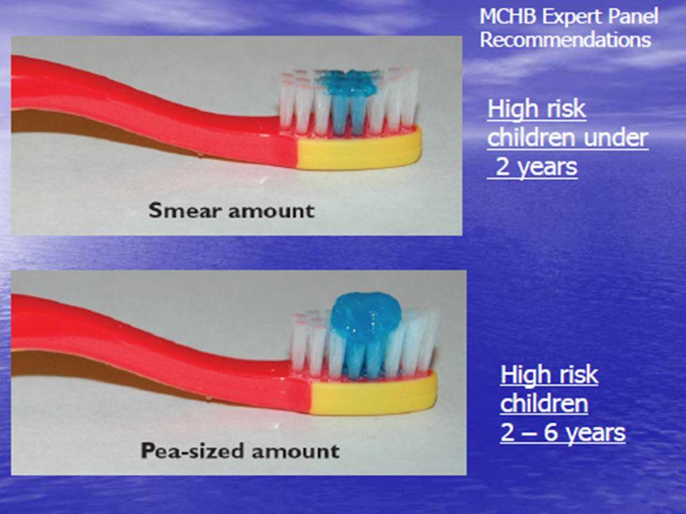  Çocuk ayakkabısını bağlama becerisini kazanana kadar, aileye yada yardımcıya çocuğun dişlerini fırçalamaları yönünde eğitim verilir  Günde iki kez uygun miktardaki florlu macunla dişleri fırçalanır  Fırçalamadan sonra çalkalama yapılmaz  Büyük çocuklarda aşırı macun varsa tükürtülür