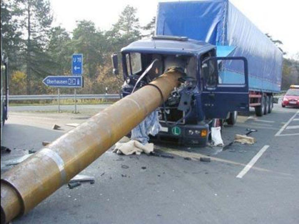 KARAYOLUNDA ARAÇ SÜRME YASAĞI Sürücülerin karayolunda 3 halde araç kullanmaları yasaktır.