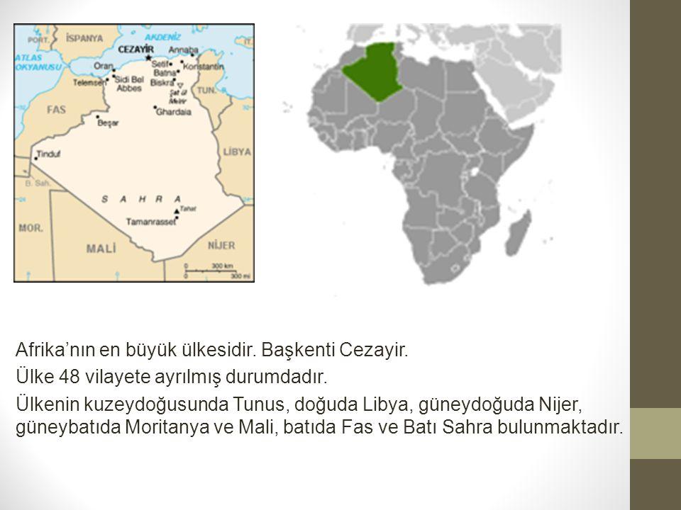 Afrika'nın en büyük ülkesidir.Başkenti Cezayir. Ülke 48 vilayete ayrılmış durumdadır.