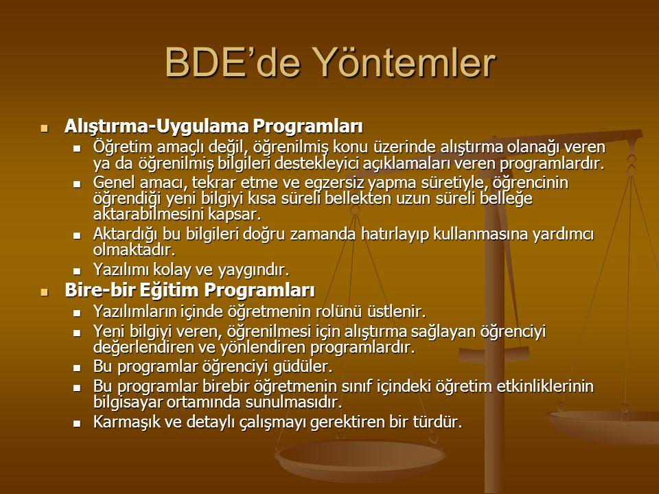 BDE'de Öğretmenin Rolü BDE'de görev alacak öğretmenlerin yetiştirilmesi problemi, bilgisayar ağırlıklı değil, eğitim ağırlıklı bir eğitim programını g
