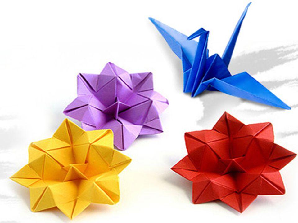 Origami klasik origami ve parçalı origami olmak üzere iki çeşittir.