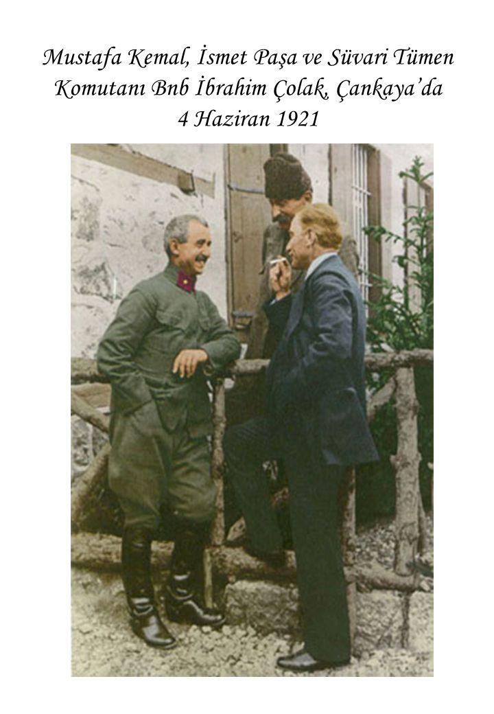 Mustafa Kemal, İsmet Paşa ve Süvari Tümen Komutanı Bnb İbrahim Çolak, Çankaya'da 4 Haziran 1921