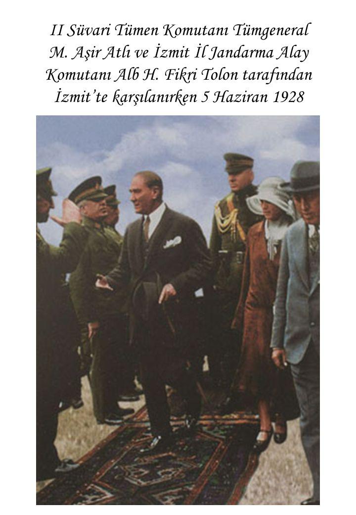 II Süvari Tümen Komutanı Tümgeneral M. Aşir Atlı ve İzmit İl Jandarma Alay Komutanı Alb H.