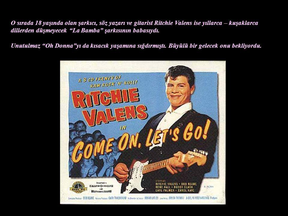 Buddy Holly o sırada grubu Crickets ile henüz 22 yaşında olmasına rağmen Rock 'n' Roll'da ünü Avrupa'yı da sarmış bir efsaneydi. Grubunu kurarken ismi