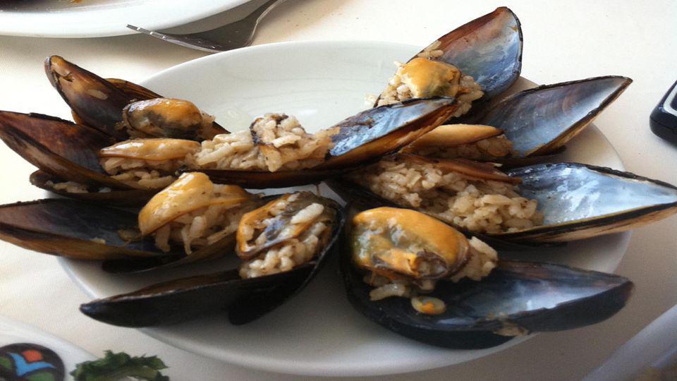 Osmanlı Deniz Mutfağımız Osmanlı'da, balığa et kadar önem verilmiş, ramazan sofralarında padişahlar en az 6 çeşit balık ürünleriyle ilgili menülerde yemek yemişler.