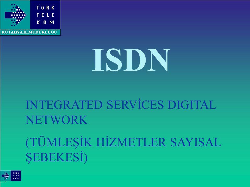 ENTEGRE SERVİSLER SAYISAL ŞEBEKESİ (ISDN) ISDN ses ve ses harici servislerin tek bir şebeke üzerinden uluslararası bir standart ile abonelere sunulmasına olanak sağlayan ve uçtan uca sayısal bağlantıyı destekleyen bir şebekedir Ses veri ve görüntü iletişim gibi farklı iletişim servisleri için farklı şebekeler kurulması, farklı bakım-işletme merkezlerinin oluşumu ile farklı terminal ekipmanlarının kullanımını zorlamakta ve maliyeti arttırmaktadır.