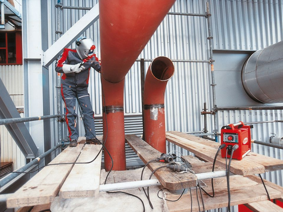 Kaynak bölgesinin bir koruyucu gaz yardımıyla korunduğu kaynak yöntemler grubudur.