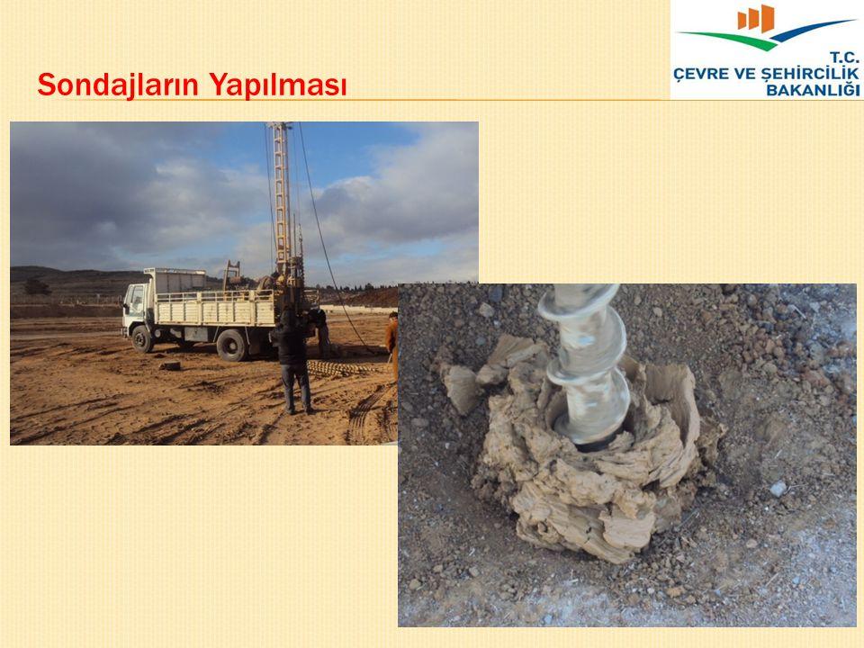 Araziden Numune Alma Arazide zeminden numune almanın amacı, yerin jeoteknik özelliklerini belirlemeye yönelik laboratuvar deneyleri ile zemin sınıflaması için numuneleri elde etmektir.