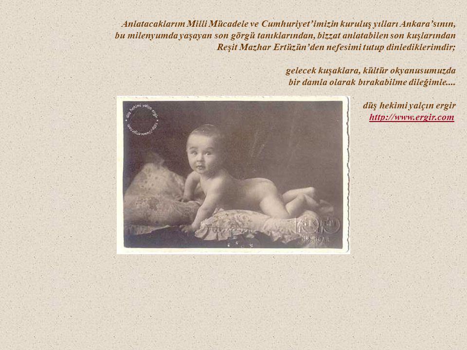 (maaile, kuduza karşı iğne olabilmek için İstanbul'a gitmek zorunda kaldıklarında; hastanenin başhekimi olan babasının sınıf arkadaşı Eşref Bey'le) Bir gün evlerindeki kedi kuduzdan ölmüştü; hastane sahibi olmalarına rağmen o yıllarda Başkent Ankara'da kuduza henüz bir çare olmadığı için ailecek apar topar İstanbul'a gidecekler, bir ay boyunca Kuduz Hastanesi'nde karınlarından kocaman iğneler olmak zorunda kalacaklardı.