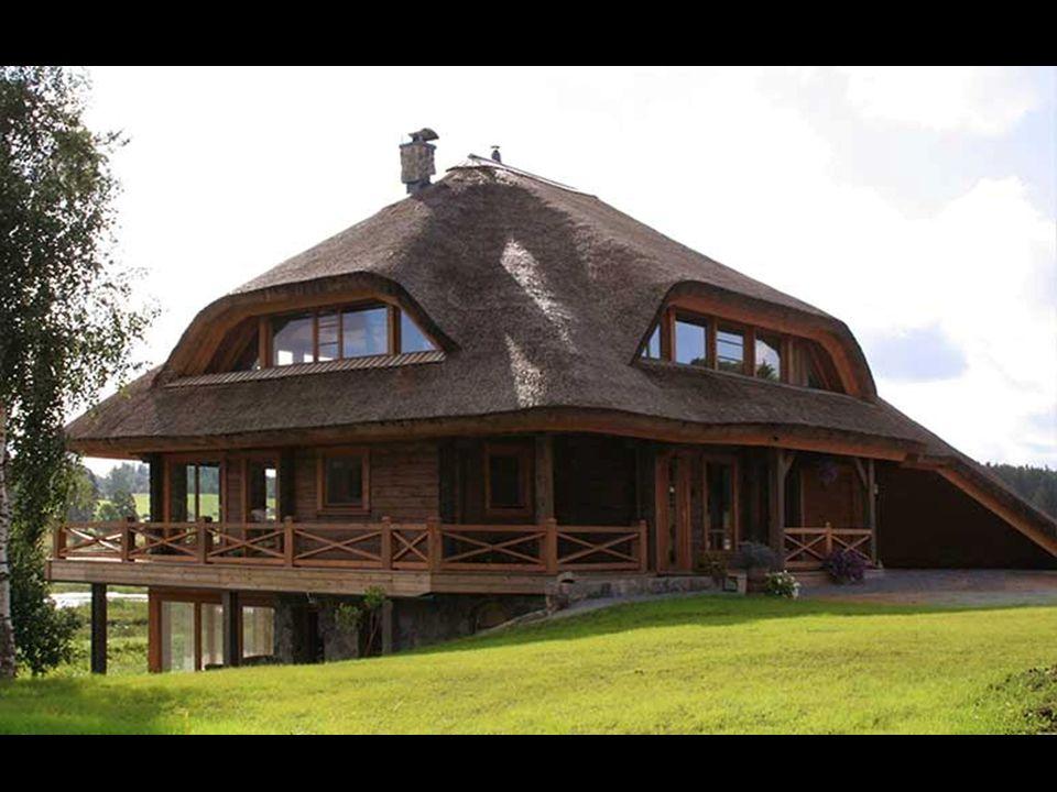 Çatılarda dört tip çatı kullanılmıştır. Ama bu yeniliklere karşı konulmuş bir limit değildir. Daima yeni şeyler ilave edilebilir.