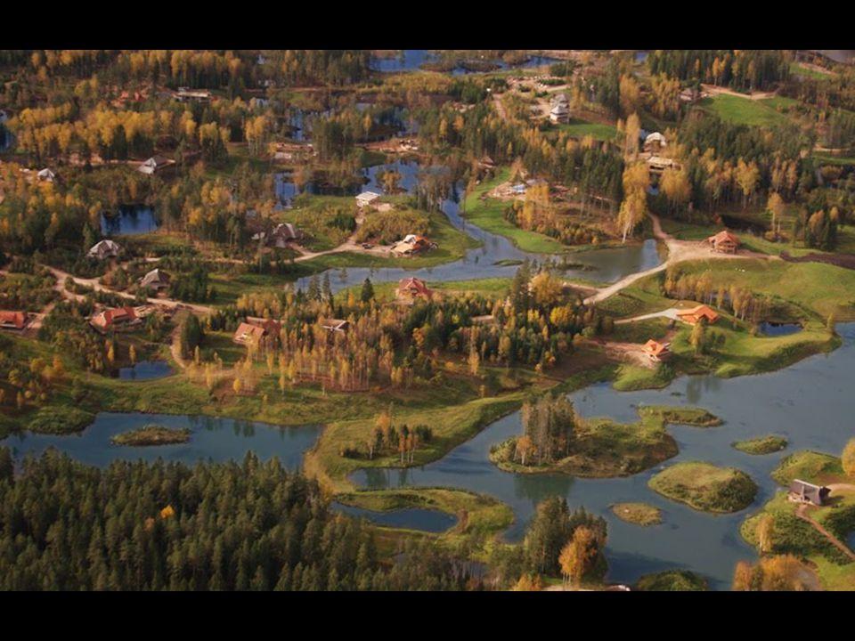 Amatciems Letonyanın başkenti RİGA ya 80 Km uzaklıktadır, 20 000 nüfuslu CESİS şehrinden ise 12 km uzaktadır. Eğer dünyada pek bilinmeyen bu gizli yer