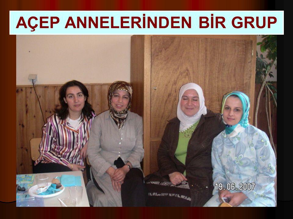 AÇEP ANNELERİNDEN BİR GRUP