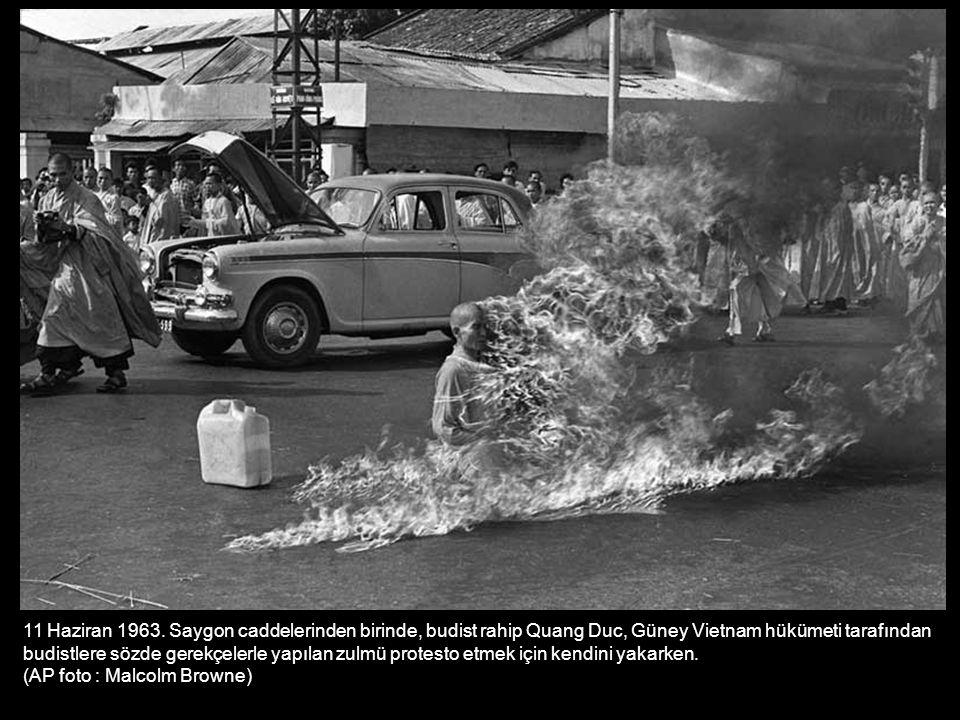 17 Mart 1973.Vietnam da bir süre esir kaldıktan sonra ülkesine dönen Albay Robert L.