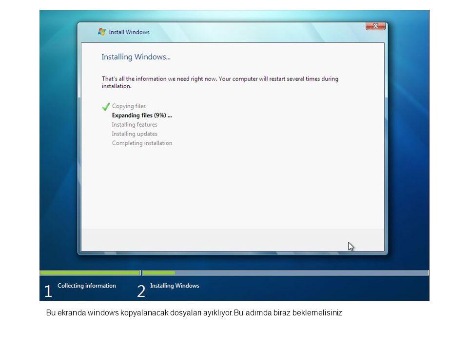Bu ekranda windows kopyalanacak dosyaları ayıklıyor.Bu adımda biraz beklemelisiniz