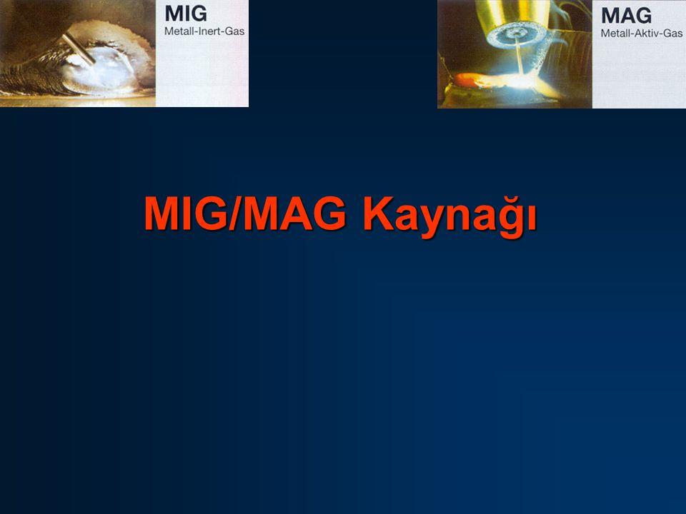 32 Kaynak Akım Üretecinin Ayarlanması MIG/MAG kaynak makinasıyla çalışan bir kaynakçı, biri diğerini etkileyen üç ayar ihtimaliyle karşı karşıya kalır: * ark gerilimini değiştirerek ark boyunu belirleyen boşta çalışma gerilimi * kaynak akımını değiştirerek eritme gücünü ve nüfuziyeti belirleyen tel elektrod besleme hızı * erimiş metali emniyetli şekilde örterek gözenek oluşumunu önleyen koruyucu gaz debisi