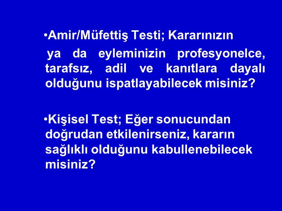 Sınavkolik Müdür Öğrencilerin tüm hayatı sınavlardan ibaret.Durum böyle olunca Ankara da özel bir okulun Genel Müdürü Hüseyin Gürsoy, ders planlaması ve öğrencilerine yol gösterici olması açısından, 18 yıldır üniversite sınavına giriyor.