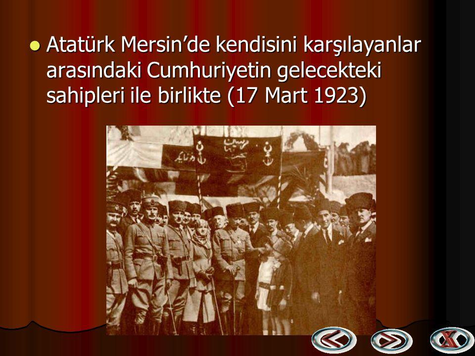 Mustafa Kemal ve Eşi yurt gezisinde sevgiyle karşılanıyor