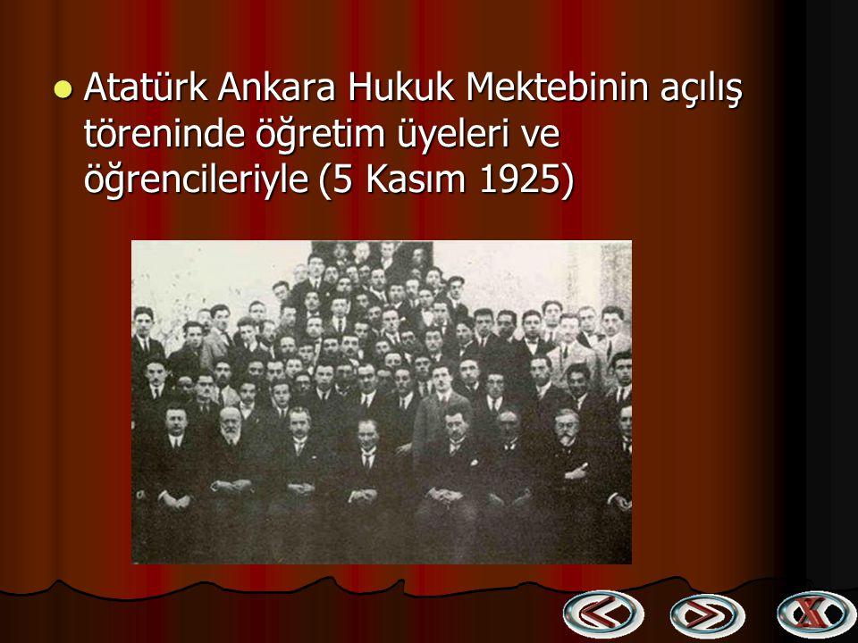 Gazi Orman Çiftliğinin kuruluş çalışmaları esnasında (5 Mayıs 1925) Gazi Orman Çiftliğinin kuruluş çalışmaları esnasında (5 Mayıs 1925)
