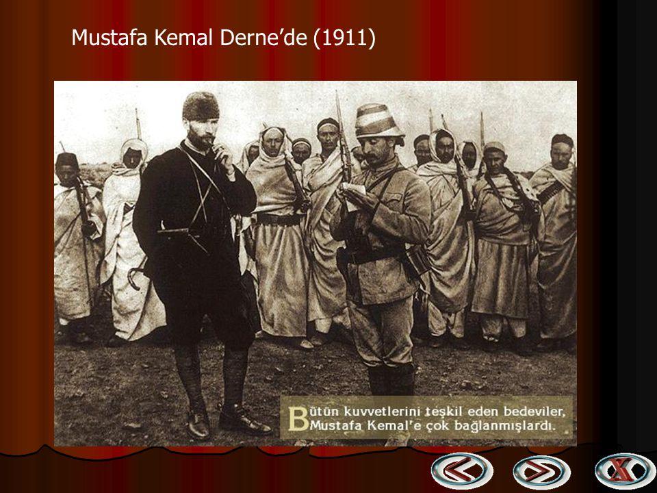 Ben de etten kemiktendim elbet Ben de bir gün göçecektim elbet İki Mustafa Kemal im var iyi bilin Ben işte o ikincisi sonsuzlukta Ruh gibi bir şey görünmez İnanın Mustafa Kemal ler tükenmez.