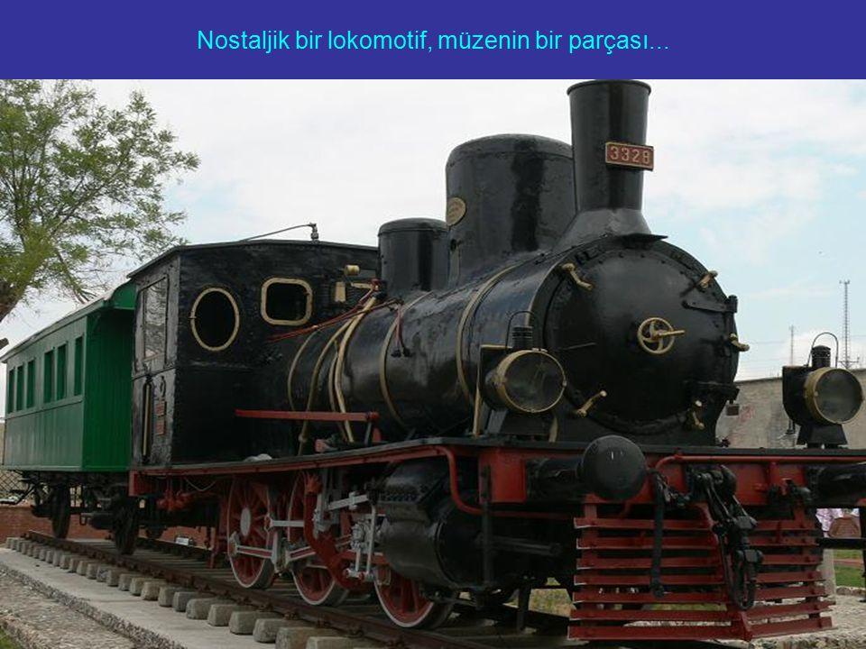 Nostaljik bir lokomotif, müzenin bir parçası...