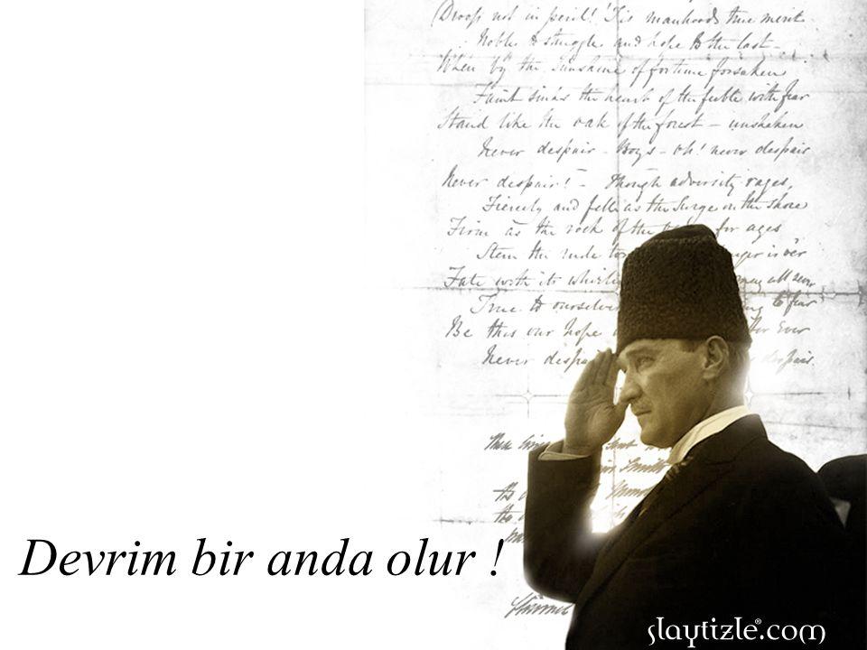 Mustafa Kemal Tarsus'ta istasyon dan şehre doğru, bir süre yaya olarak yürüdü.