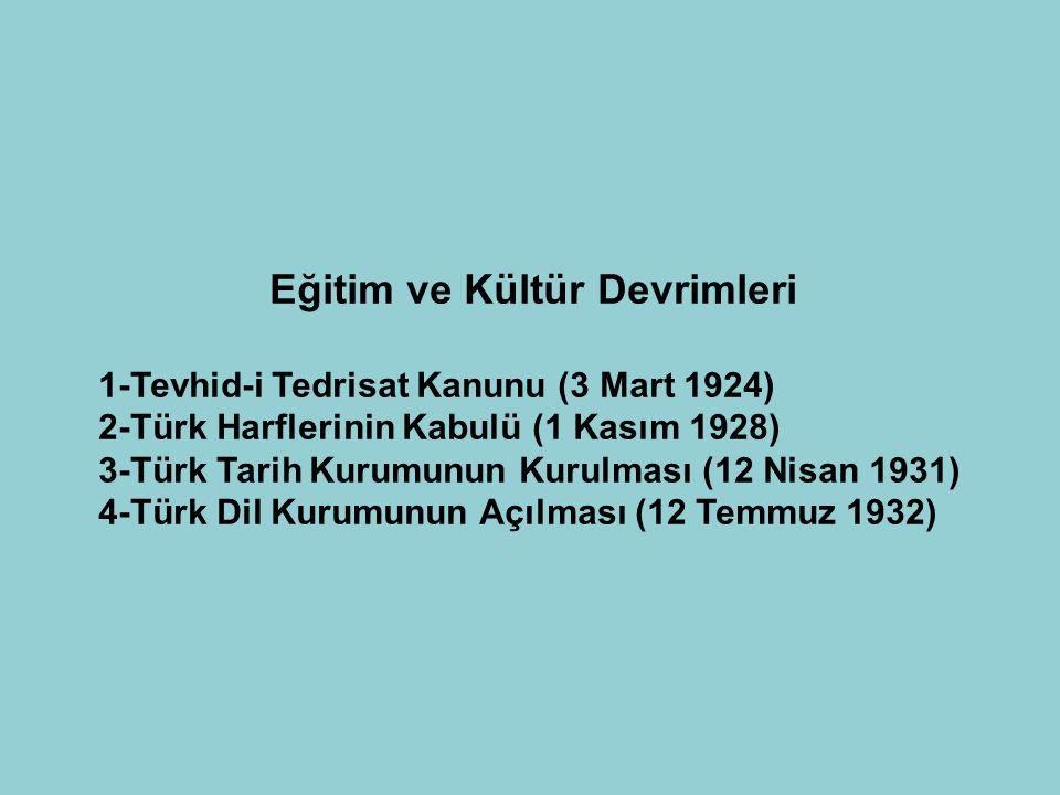 Hukuk Alanında Yapılan Devrimler 1-Türk Medeni Kanununun Kabulü (17 Şubat 1926) Bu Kanunla; kadın – erkek arasındaki eşitlik sağlandı. Mecelle yasası