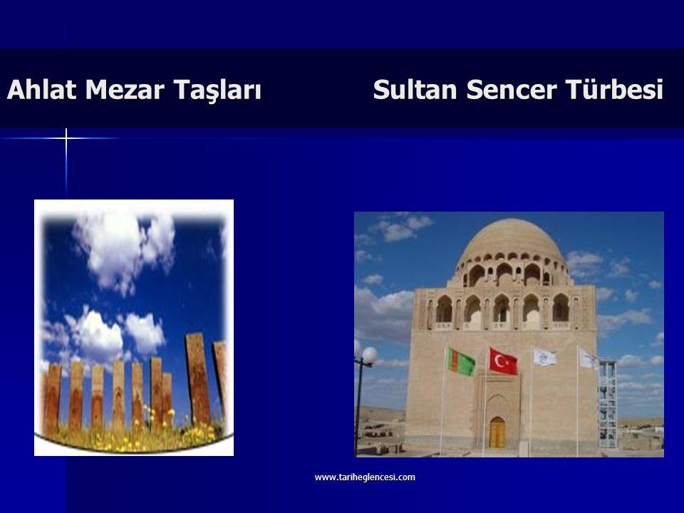 Sultan Mesut Selçuklularla yaptığı Dandanakan Meydan Muharebesi'ni kaybetmiş ve devlet yıkılma sürecine girmiştir. Sultan Mesut Selçuklularla yaptığı