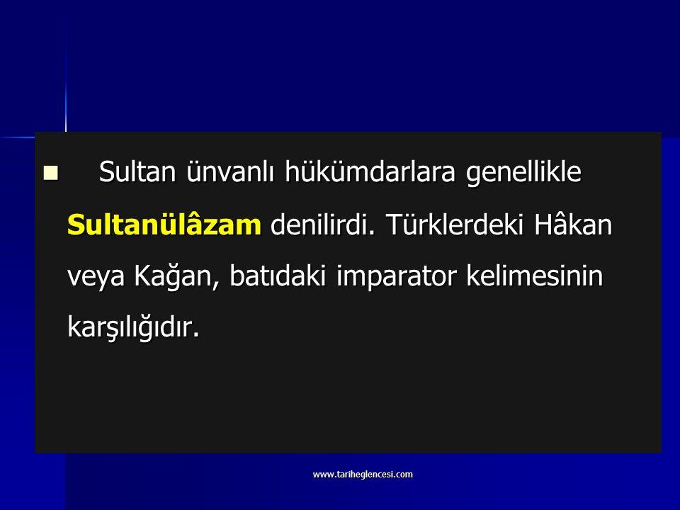 Hükümdarlığı halife tarafından tasdik edilen Gazne hükümdarı Mahmud, sultan ünvanını ilk defa kullanan hükümdar olarak bilinir. Daha sonra bu ünvan, b