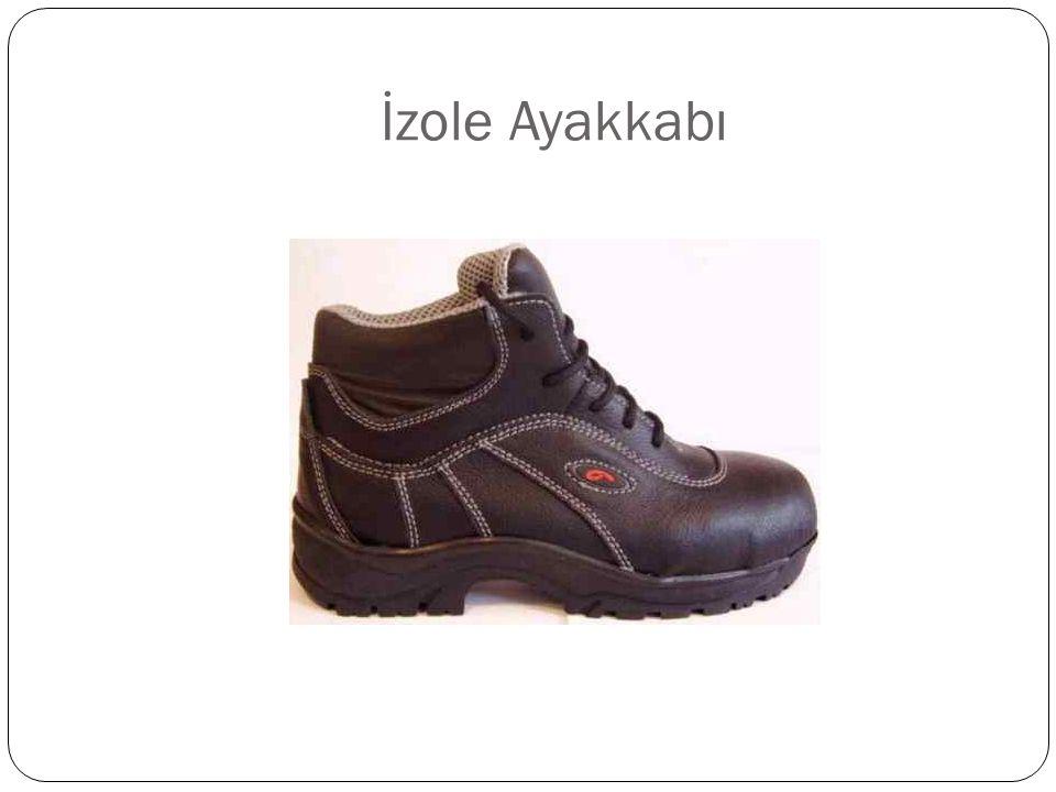 İzole Ayakkabı
