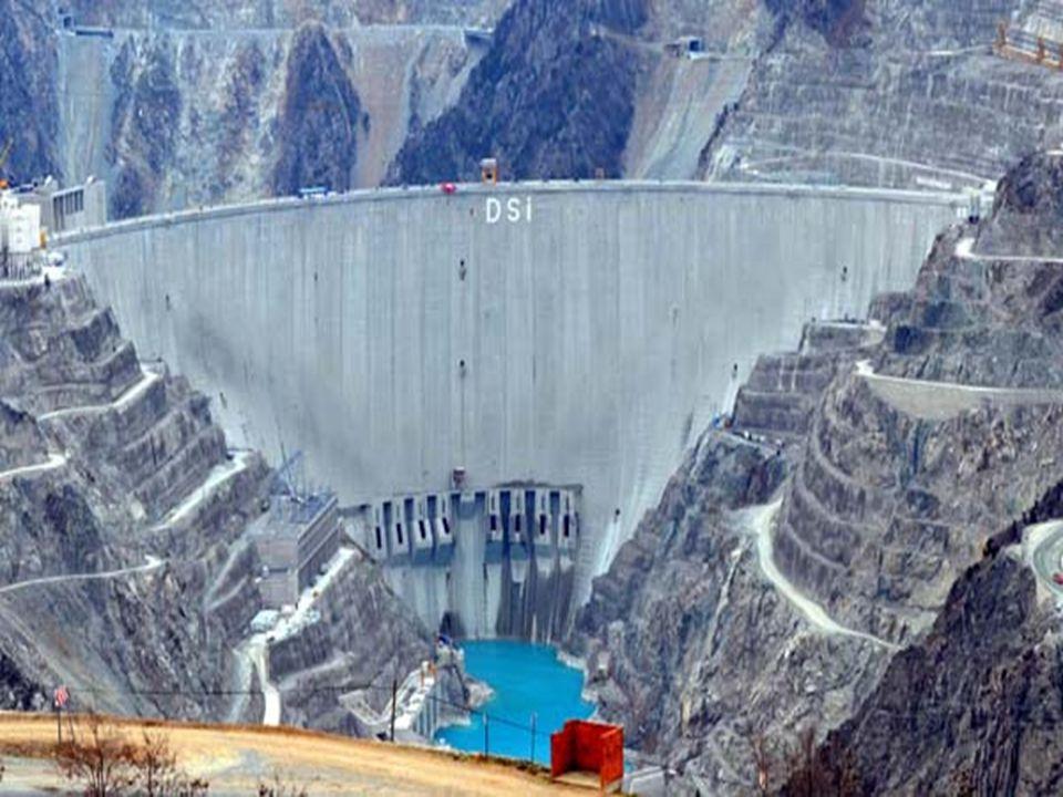 KARAMAN-ERMENEK BARAJI Türkiye nin ikinci, Dünya'nın altıncı yüksek barajı ve dördüncü büyük baraj gölü olma özelliğini taşıyor.