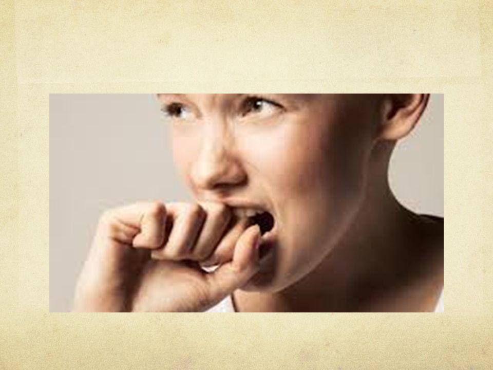 Psikiyatrik açıdan anksiyete, somatik belirtilerin de e ş lik etti ğ i, normal dı ş ı, nedensiz bir tedirginlik ve korku hali diye tanımlanabilir.