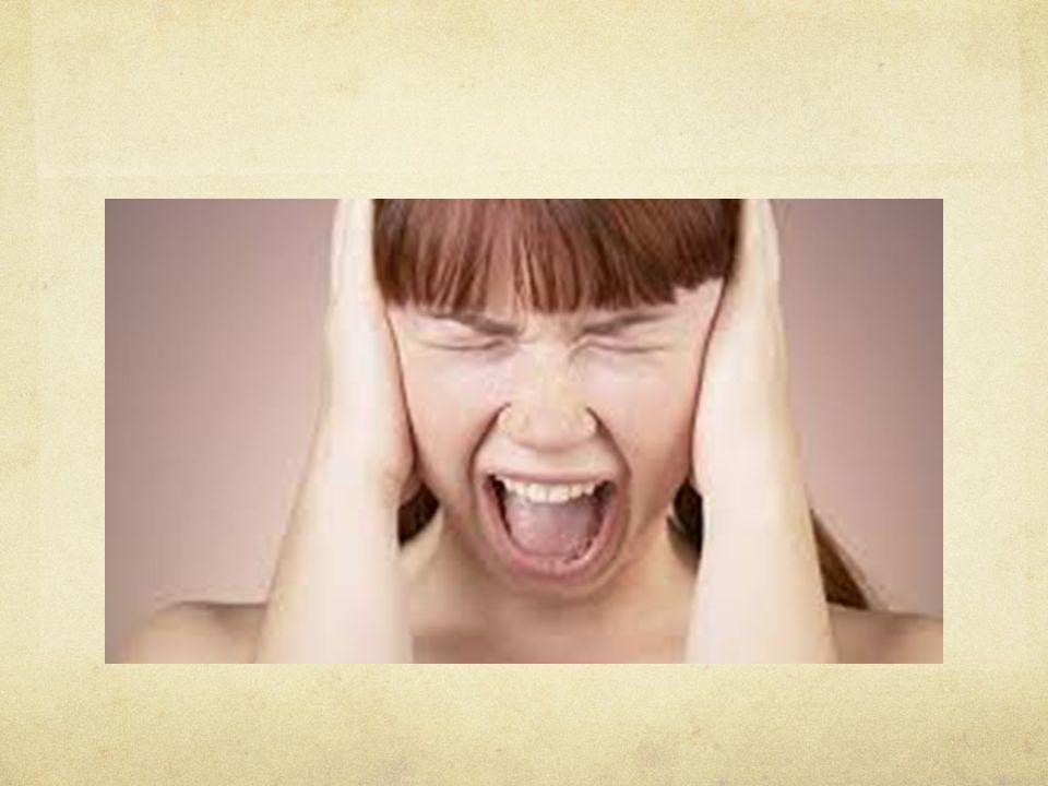 Obsesif Kompulsif Bozukluk Kompulsiyon: Ki ş inin obsesyonlarını nötralize etmesi için geli ş en, belirli kurallara göre gerçekle ş tirmek zorunda hissetti ğ i, yineleyici törensel davranı ş lar ya da zihinsel eylemlerdir.