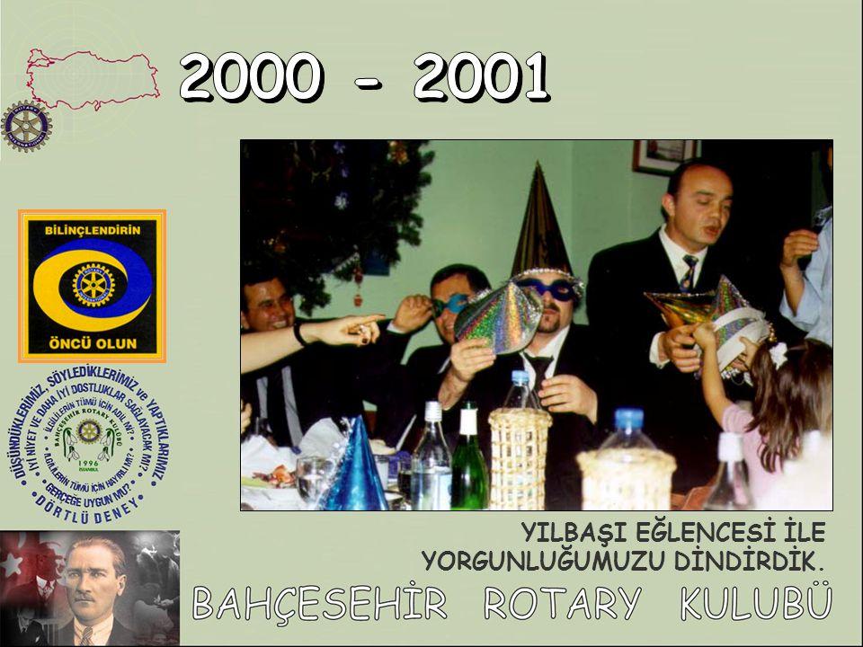 Boğaz'ın mavi sularında demirleyen yatımızda güzel bir gün geçirdik… Yat Gezisi….30.Temmuz'2001