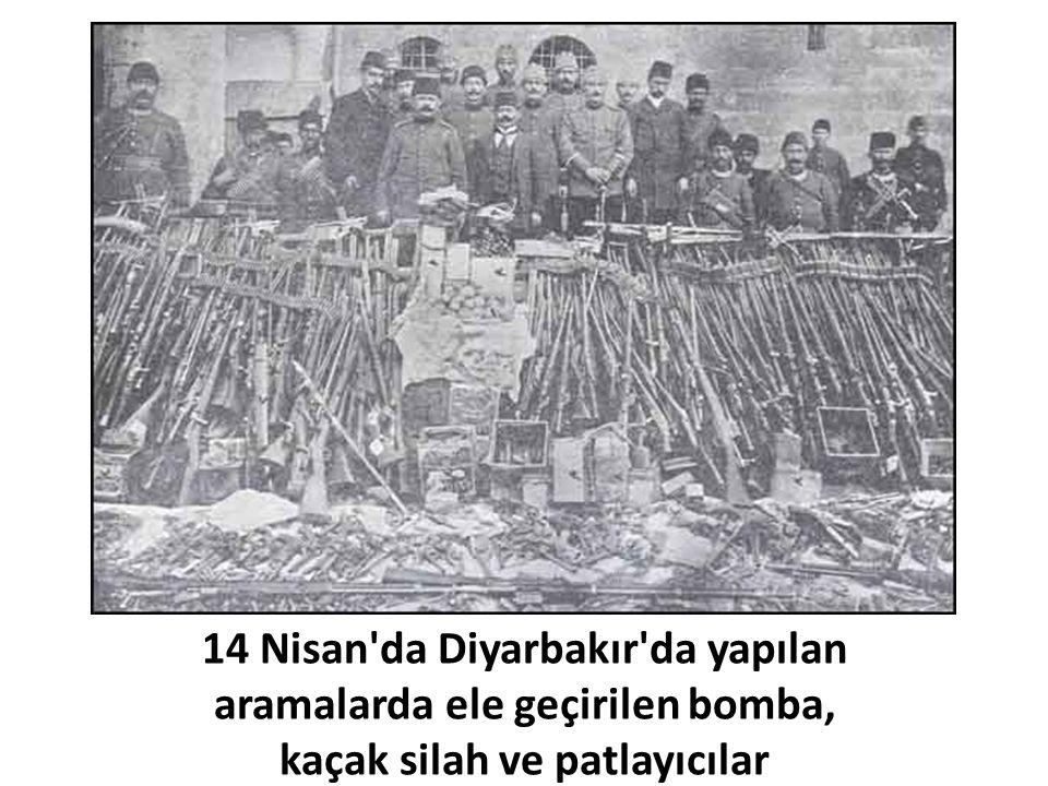 14 Nisan'da Diyarbakır'da yapılan aramalarda ele geçirilen bomba, kaçak silah ve patlayıcılar