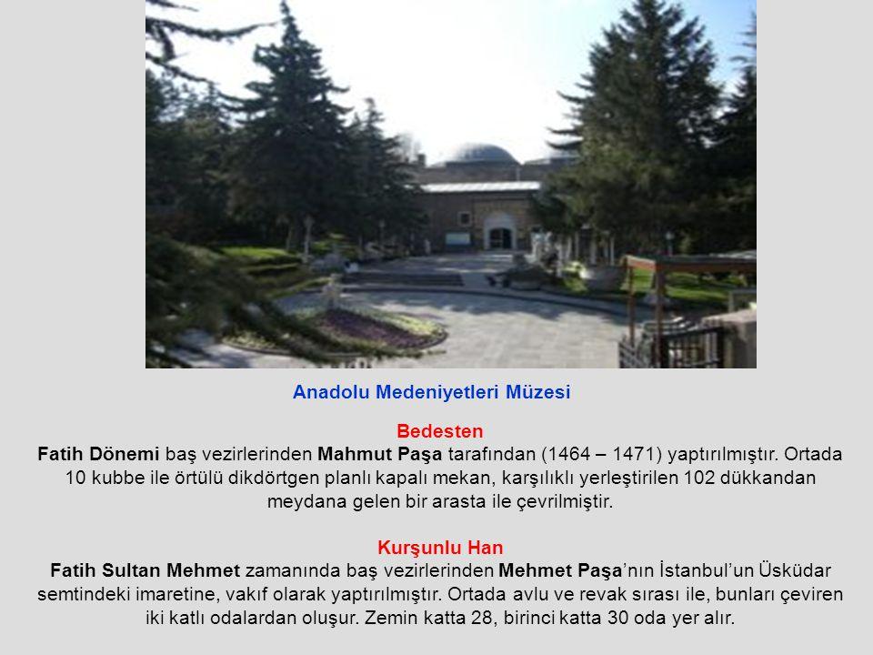 Bedesten Fatih Dönemi baş vezirlerinden Mahmut Paşa tarafından (1464 – 1471) yaptırılmıştır.